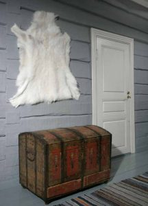 Reindeer Hide from Lapland, Premium Quality for the Home from Nordic-Gift.com 10